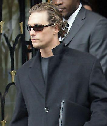 Matthew Mcconaughey veste óculos Ray Ban
