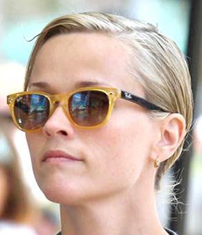 Os óculos escuros de Reese Witherspoon