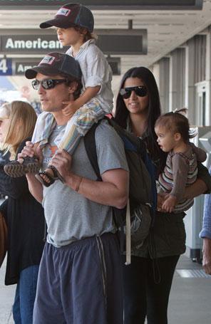 oculos Matthew McConaughey e Camila Alves