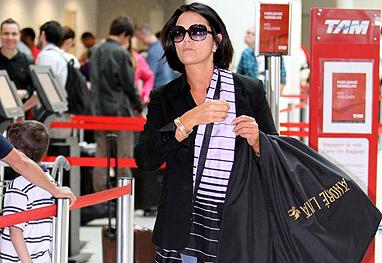 luiza brunet oculos aeroporto