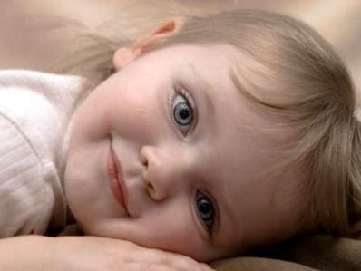 Cuidados com os olhos de recém nascidos