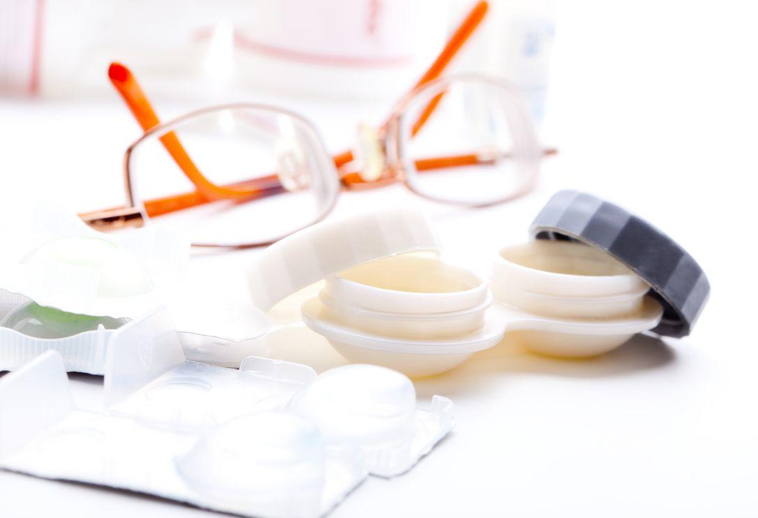 óculos ou lentes de contato
