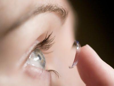 Abuso de lentes de contato pode lesar a córnea