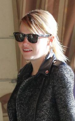 Emma Stone usa Ray-Ban Wayfarer
