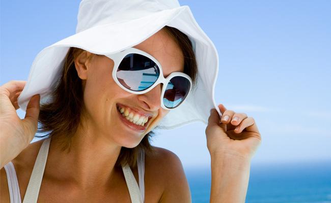 Período de verão e férias exige mais cuidados com os olhos