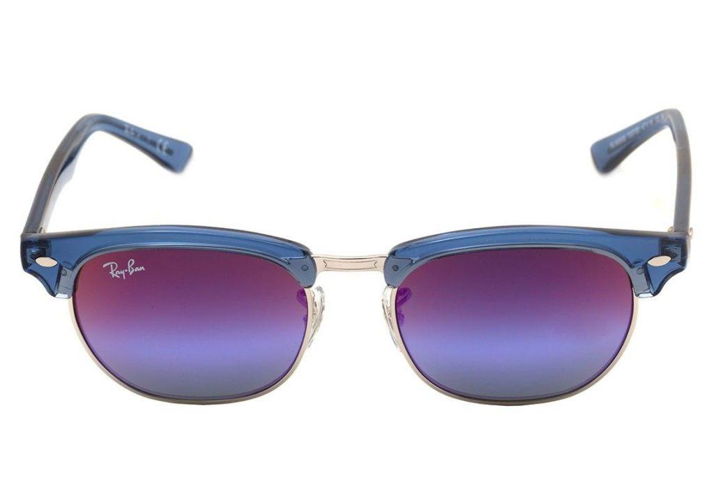 efb635c73ddef Então nossa dica são as correntes bem coloridas com os óculos de sol Ray  Ban Junior RB 9050S Clubmaster.